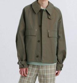 ナイトドクター北村匠海カーキのジャケット