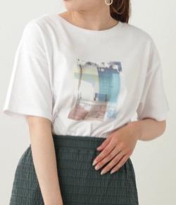 推しの王子様・白石聖・佐野ひなこ・徳永えりドラマ衣装【徳永えり】白いプリントTシャツ