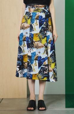 UNITED TOKYO バックシャンタフタスカート