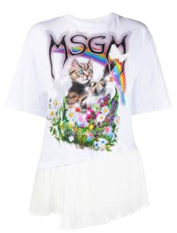 宇野実彩子 あざとくて何が悪いの? ホワイトのプリントTシャツ