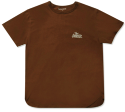 Instagram 山下智久(やまぴー) ブラウンのTシャツ