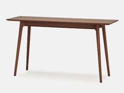 リコカツ インテリア ブラウンの木製テーブル