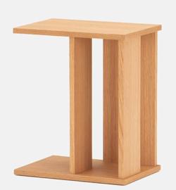 リコカツ インテリア 木製のサイドテーブル