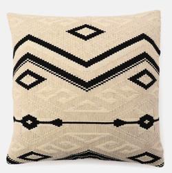 リコカツ インテリア アイボリーの枕