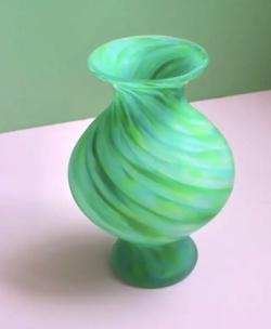 着飾る恋には理由があって川口春奈グリーンの花瓶