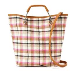着飾る恋には理由があって川口春奈 ブラウンのチェック柄バッグ