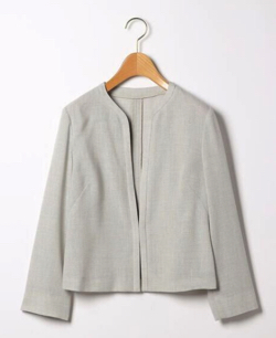 NEWS ZERO・有働由美子ライトグレーのジャケット