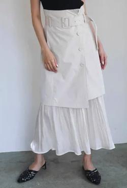 ZIP!水卜麻美 (ミトちゃん)ライトベージュのレイヤードスカート