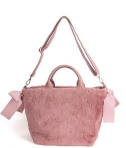 【いいね 光源氏くん 2】入山杏奈(藤原詩織)ドラマ衣装ピンクのリボンデザインファーバッグ