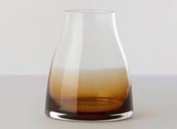着飾る恋には理由があってインテリアブラウンxグラスの花瓶