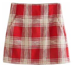 【彼女はキレイだった(かのきれ)】佐久間由衣(桐山梨沙)衣装レッドのチェック柄ショートスカート