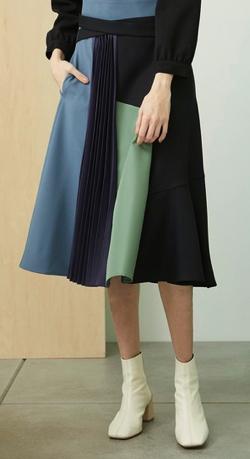 Night Doctor(ナイト・ドクター)岡崎紗絵 ドラマ衣装ブルーxグリーンのブロックデザインスカート