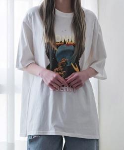ボクの殺意が恋をした・小西はる衣装ホワイトのプリントTシャツ