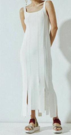 ボクの殺意が恋をした・新木優子衣装ホワイトのストライプニットワンピース
