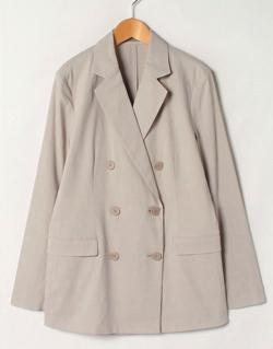 緊急取調室・天海祐希ライトベージュのジャケット