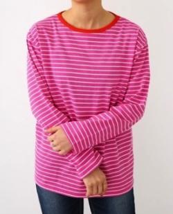 彼女はキレイだった衣装・片瀬那奈/村瀬紗英・山田桃子・寒川綾奈・吉田莉桜ピンクのボーダーTシャツ