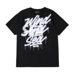 Instagram・Youtube・Weibo木村拓哉(キムタク)ブラックのロゴTシャツ