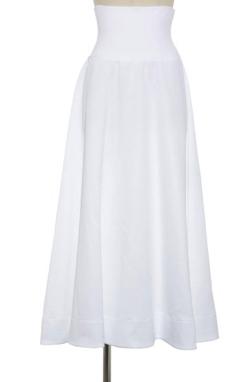 推しの王子様(おしプリ)・ドラマ衣装比嘉愛未ホワイトのハイウエストスカート