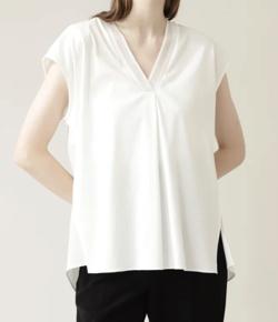 スッキリ・岩田絵里奈衣装ホワイトのニットリブTシャツ