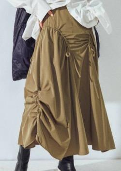 ボクの殺意が恋をした・新木優子衣装ブラウンのシャーリングスカート