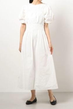 チコちゃんに叱られる 佐々木希 衣装白いワンピース