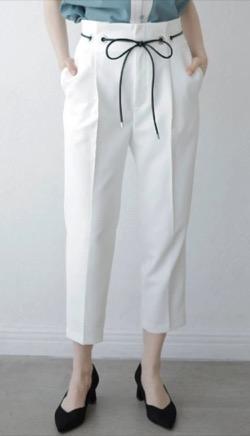 ハコヅメ・戸田恵梨香衣装白いパンツ
