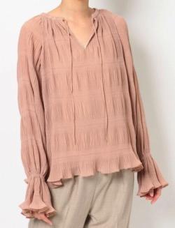 彼女はキレイだった(かのきれ)宇垣美里ドラマ衣装ピンクのブラウス