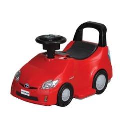 家族募集します 子ども用の赤い車