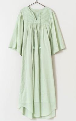 すてきにハンドメイド・佐々木希衣装グリーンのワンピース