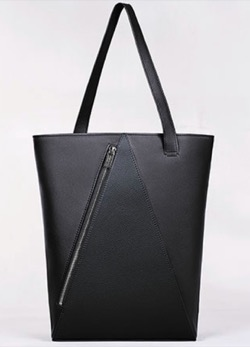TOKYOMER・中条あやみ(弦巻比奈)ドラマ衣装黒いトートバッグ