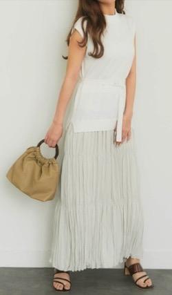 【ボイス2・第1話】片山友希ドラマ衣装白いスカートドッキングワンピース