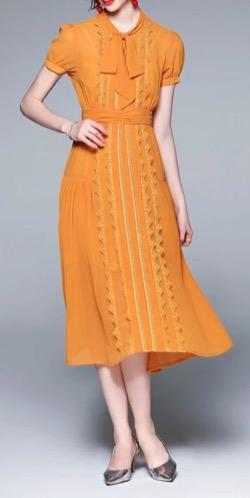 【zip】石川みなみアナ 衣装(セットアップ)のブランドはこちら♫(2021/7/21)オレンジのリボンワンピース