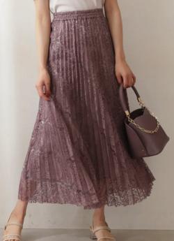 ZIP貴島明日香衣装ピンクのプリーツスカート