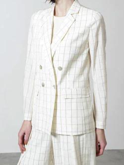 推しの王子様(おしプリ)・ドラマ衣装比嘉愛未ホワイトのチェック柄ジャケット