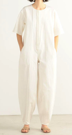 ヒルナンデス!・佐藤栞里衣装ホワイトのコンビネゾン