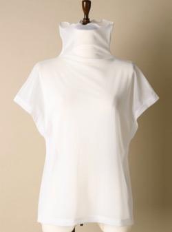 【あざとくて何が悪いの?】弘中綾香アナ衣装白いブラウス
