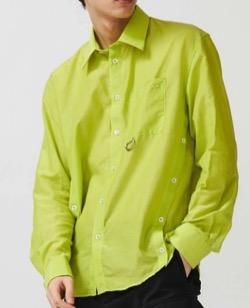 【赤楚衛二】グリーンのシャツ