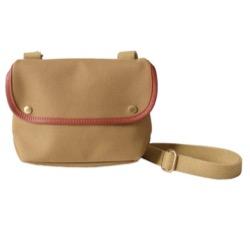【彼女はキレイだった(かのきれ)・第6話】小芝風花(佐藤愛)ドラマ衣装ベージュのバッグ