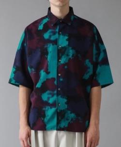 【潜在能力テスト】千賀健永さん 衣装グリーンとブラウンの半袖シャツ