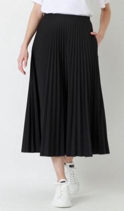 【サンデージャポン】山本里菜アナ衣装黒いプリーツスカート