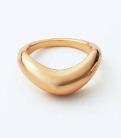 ヒルナンデス!・生見愛瑠(めるる)さん衣装ゴールドのリング