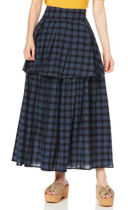 ブルーのチェック柄スカート