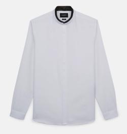 Instagram・山下智久(やまぴー)ホワイトのシャツ