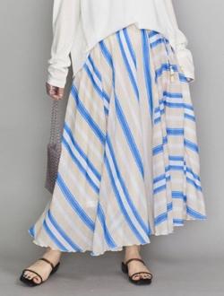 推しの王子様(おしプリ)・ドラマ衣装比嘉愛未アイボリーxブルーのストライプ柄スカート