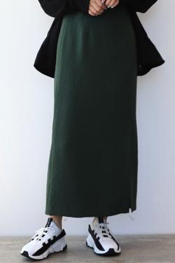 ZIP!水卜麻美 (みとちゃん)衣装グリーンのナロースカート