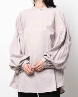 ZIP!水卜麻美 (みとちゃん)衣装ライトピンクのブラウス