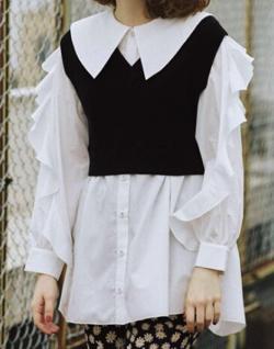 ヒルナンデス!藤田ニコルブラックxホワイトのニットベストセットシャツ