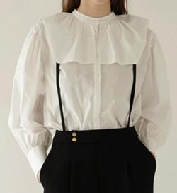 ZIP!水卜麻美 (みとちゃん)衣装ホワイトのワイドフリルネックブラウス