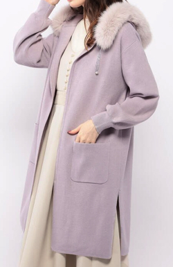 ZIP貴島明日香衣装ライトパープルのファーフードコート