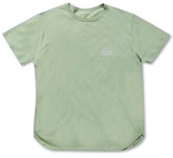 Instagram・山下智久(やまぴー)ライトグリーンのTシャツ